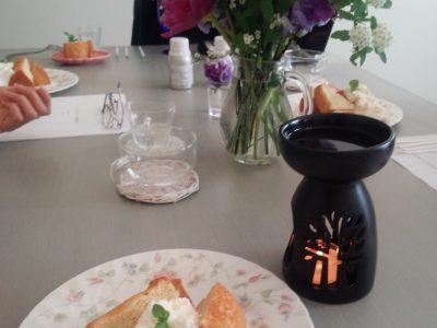 バラの力を学び、感じるお茶会終了しました